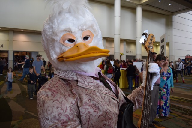 Howard the Duck rocking the guitar in style. \ Image: Dakster Sullivan