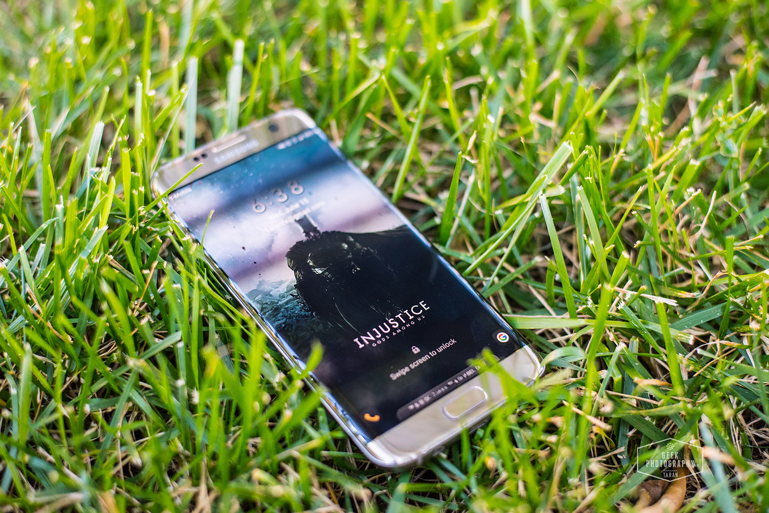 Install Batman v Superman theme on Samsung Galaxy S7 Edge [APK]