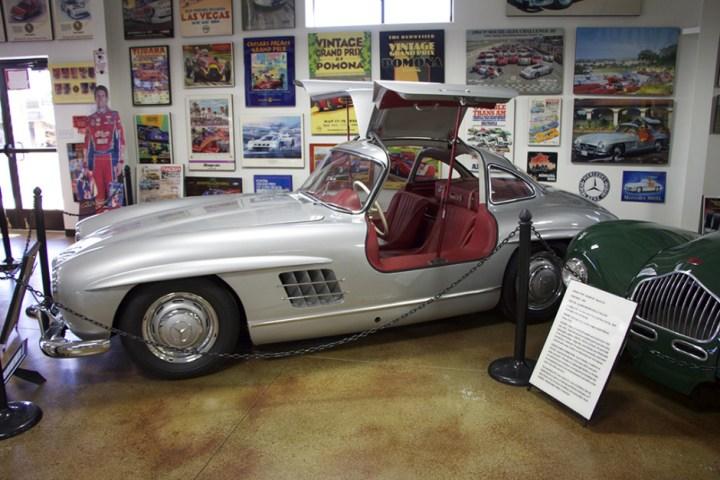 Woodland's 300SL, profile.
