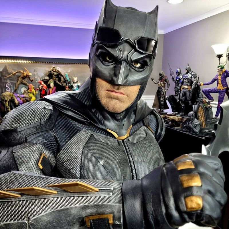 Batman Statue