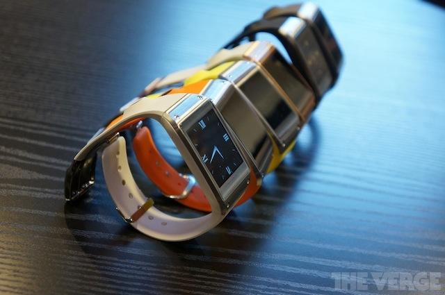 Samsung releases Galaxy Gear SmartWatch