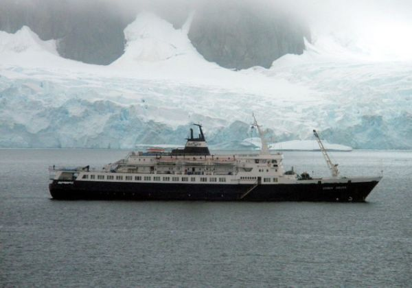 An Abandoned Russian Cruise Ship Filled with Cannibal Rats is Drifting Toward Britain's Shores