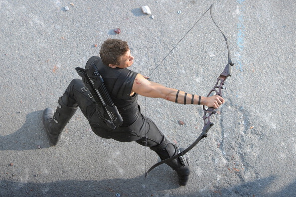 Set Photos of Scarlet Witch Quicksilver and Hawkeye in Avengers Age of Ultron