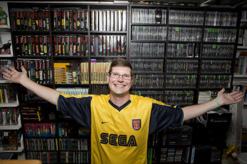 the-worlds-largest-video-game-collection-is-up-for-auction