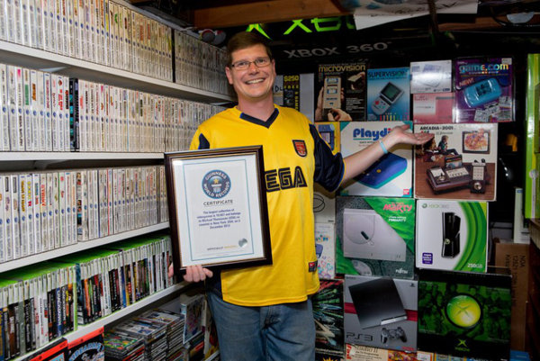 worlds-largest-game-collection-auction-1