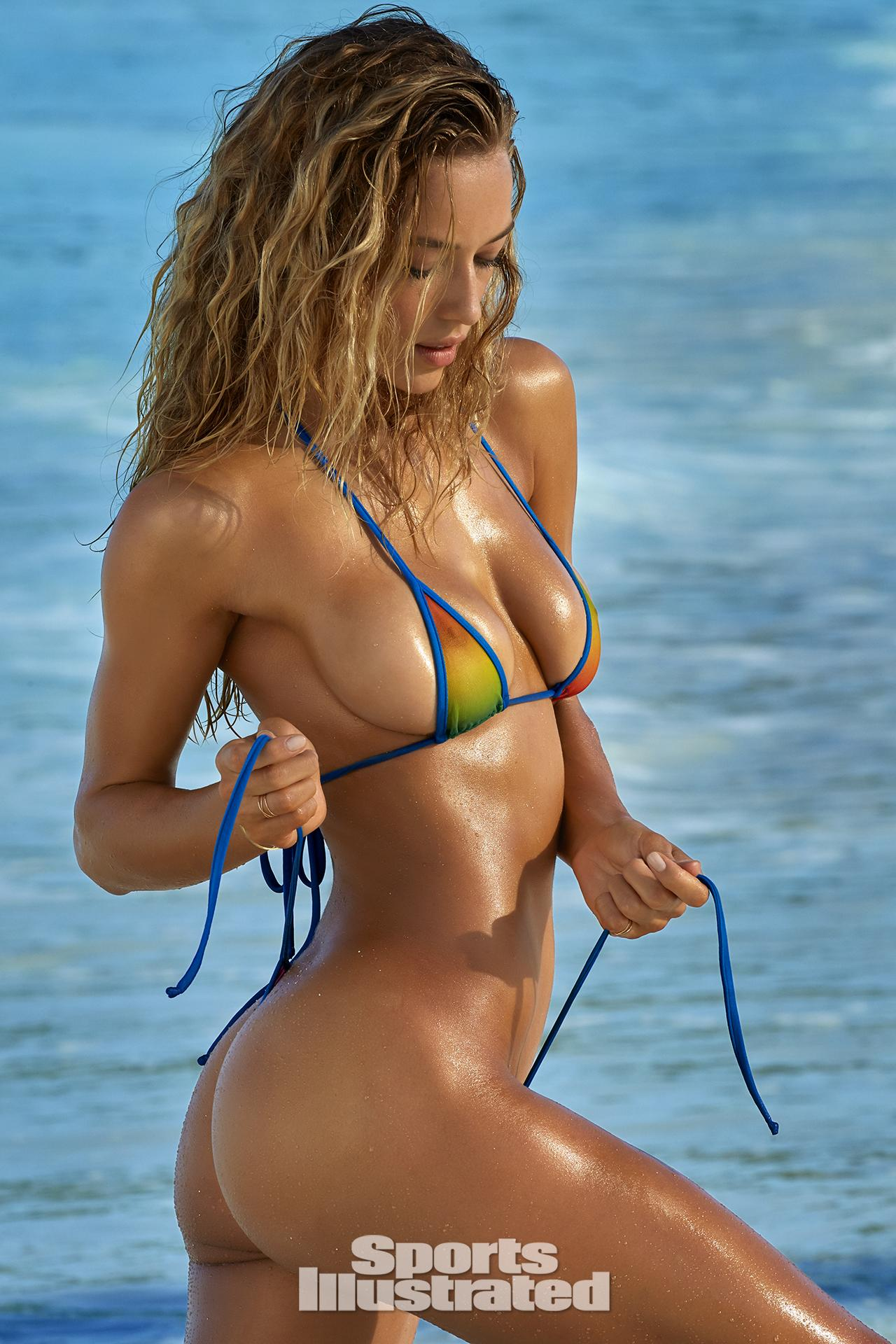 Lexus Of Milwaukee >> Must See Entire Sexy Hannah Ferguson Swimsuit High Def Gallery - GeekShizzle