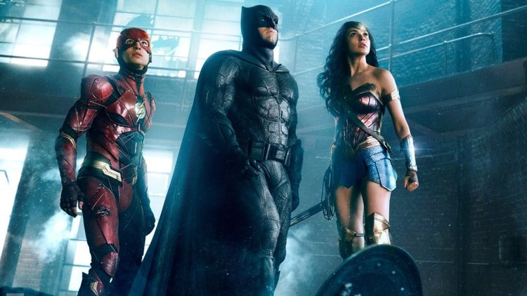 Justice League Movie Update, Scene Reshoots and other concerns