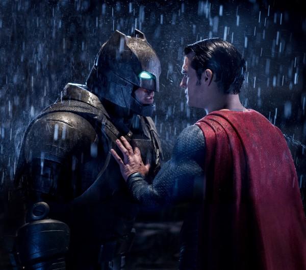 batman-vs-superman-ben-affleck-henry-cavill-600x529.jpg