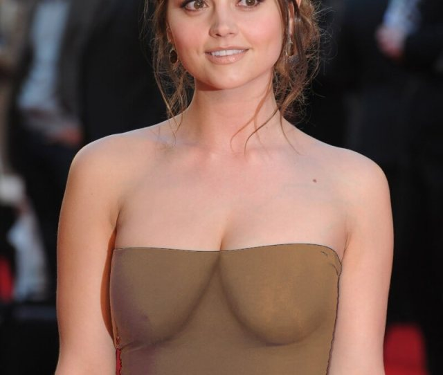 Jenna Coleman Sexy Pictures Are Truly Astonishing Geeks On Coffee