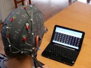 Empresa austriaca desarrolla sistema para twittear con el cerebro