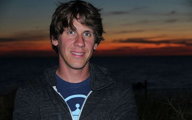 Dennis Crowley fundador de Foursquare