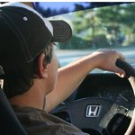 Las 10 aplicaciones móviles más usadas por los jóvenes cuando conducen vehículos
