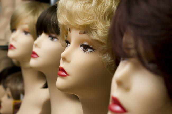 manequin-head-wig-shutters
