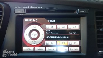 Kia-optima-hybrid-2013-30