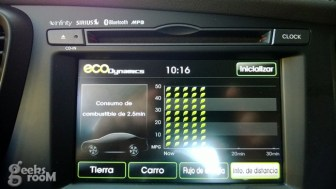 Kia-optima-hybrid-2013-60