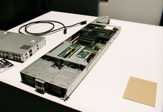 hp-apollo-6000-proliant-XL220a-Gen8-v2-Server