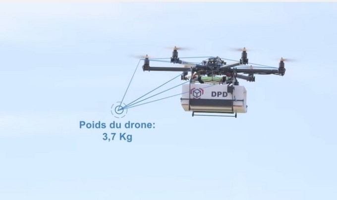 la-poste-shipping-by-drone-geopost