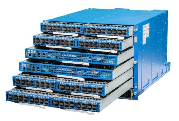 Facebook-6-pack-modular-switch