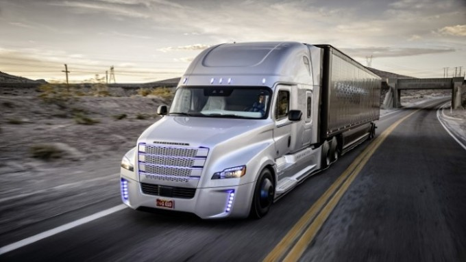 Freightliner Inspiration Truck. Foto de motorauthority.com
