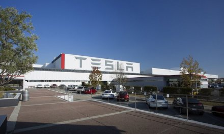 Panasonic invertirá 250 millones de dólares en Tesla en su fábrica de Nueva York