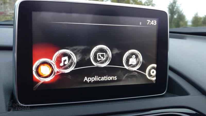 Mazda-MX-5-Miata-2016-25