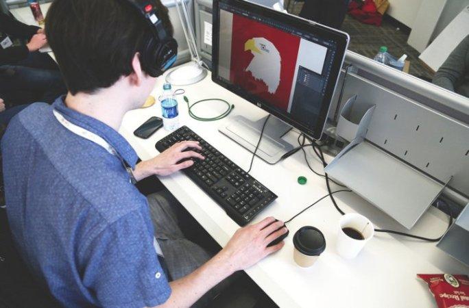 10 cursos gratis y en español sobre Ilustración, Diseño gráfico y Retoque de Fotografías