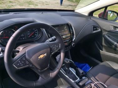 chevy-cruze-hatchback-2017-23