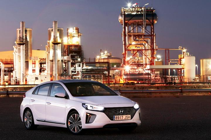Hyundai Ioniq, la firma coreana explica las 10 formas de crear un automóvil más sostenible