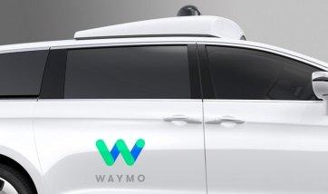 Waymo Fiat Chrysler Pacifica - Vehículo Autónomo