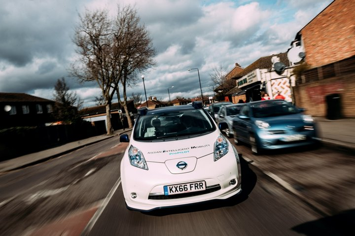 Comienzan las pruebas del Nissan LEAF autónomo en las calles de Londres [Vídeo]