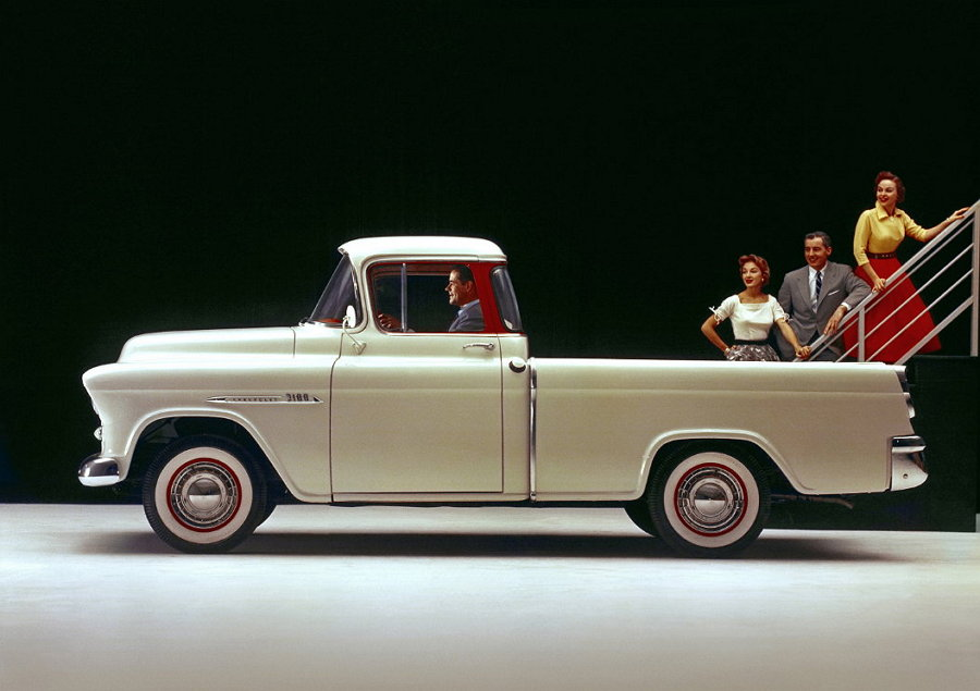 1955 Chevrolet 3100 Series Cameo Carrier half-ton  (Par Motor 238 lb-pie)