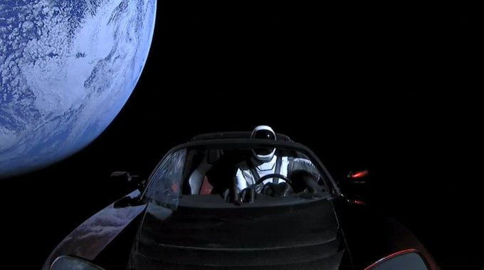 Falcon Heavy - Tesla Roadster