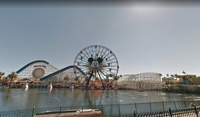 Parques de Disney - Google Street View
