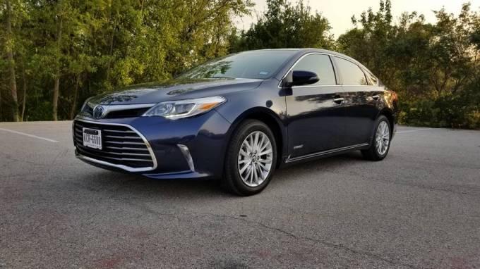 2018 Toyota Avalon Limited Híbrido