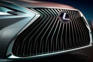 Lexus Logo (Parrilla)