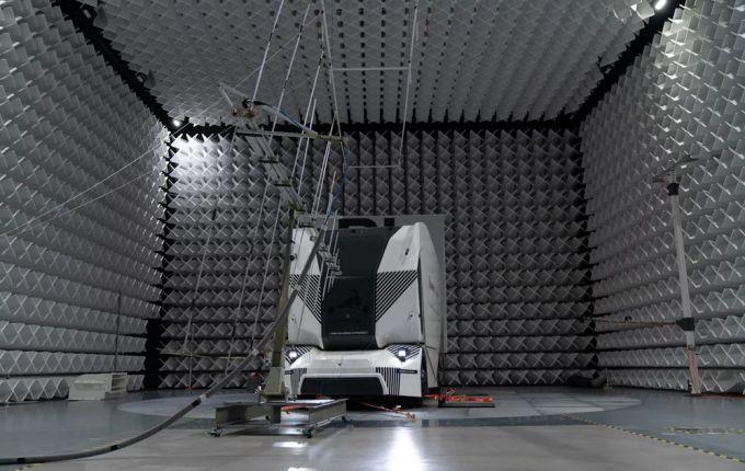 Einride T-Pod - Camión Autónomo y Sostenible - 5G