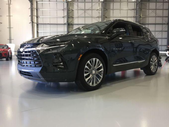 Chevy Blazer Premier AWD 2019