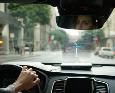 EyeLight - EyeDrive - Asistente Holográfico para Vehículos