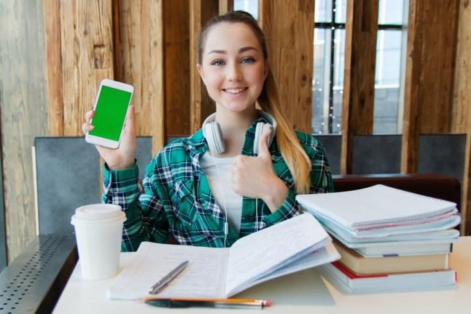 Estudiante - Cursos Gratis - Educación