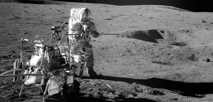 Misión Apolo 11 - Carrito con Neumáticos de Goodyear