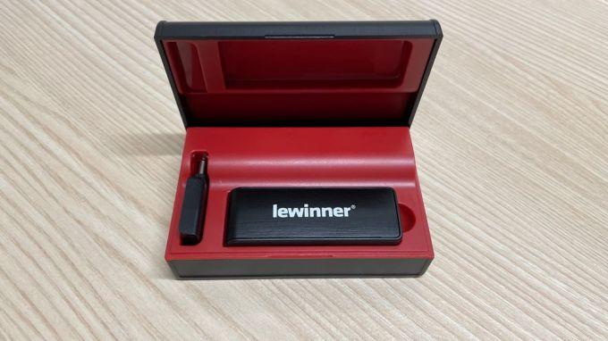 Lewinner WM-2 - Micrófono de Solapa Inalámbrico