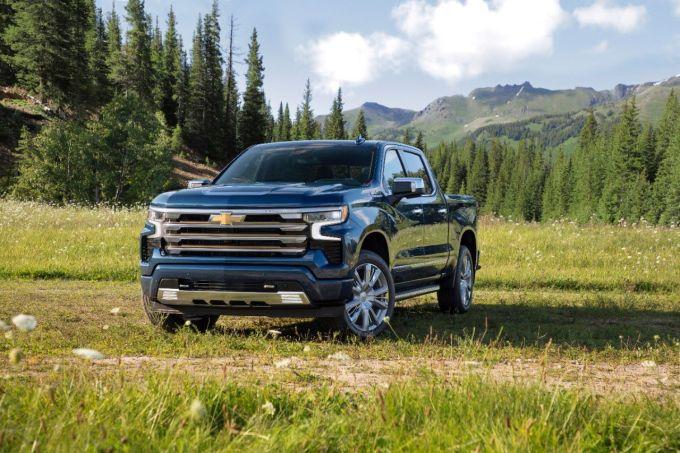2022 Chevy Silverado High Country