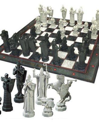 x_nob7580 Harry Potter Chess Set Wizards Chess