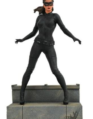 d_diamjan192546 The Dark Knight Rises DC Movie Gallery PVC Szobor - Catwoman 23 cm