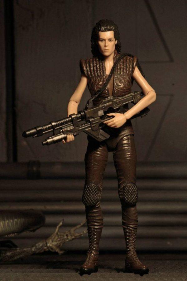 x_neca51651_a Alien Resurrection akciófigura - Ellen Ripley Clone 8