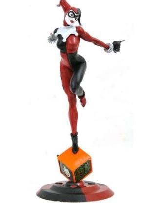 d_diammay189393 x_diammay189393 DC Comic Gallery PVC Szobor - Classic Harley Quinn Exclusive 23 cm