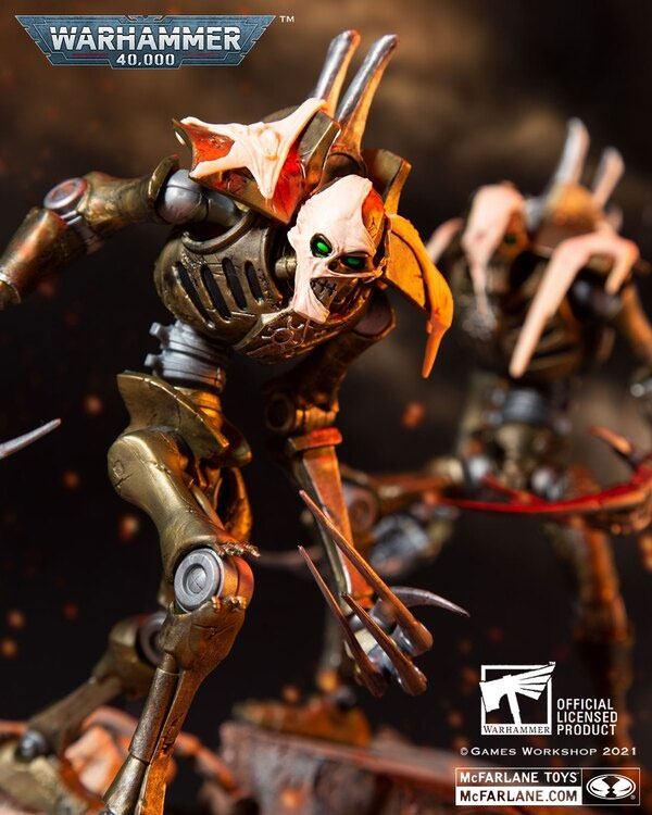 Warhammer 40k Action Figure Necron Flayed One 18 cm_mcf10919-1