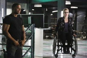 "Arrow -- ""Taken"" -- Image AR415b_0114b.jpg -- Pictured (L-R): David Ramsey as John Diggle and Emily Bett Rickards as Felicity Smoak -- Photo: Bettina Strauss/ The CW -- © 2016 The CW Network, LLC. All Rights Reserved."