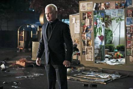 """Arrow -- """"Schism """" -- Image AR423a_0142b.jpg -- Pictured: Neal McDonough as Damien Darhk -- Photo: Bettina Strauss/The CW -- © 2016 The CW Network, LLC. All Rights Reserved."""