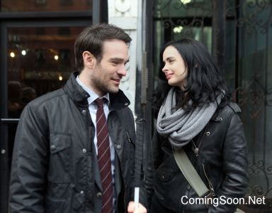 """NEW YORK, NY - DECEMBER 07: Charlie Cox, Krysten Ritter filming Marvel's """"The Defenders"""" on December 7, 2016 in New York City. (Photo by Steve Sands/GC Images)"""